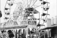 Das erste Holzriesenrad von Familie Schütz